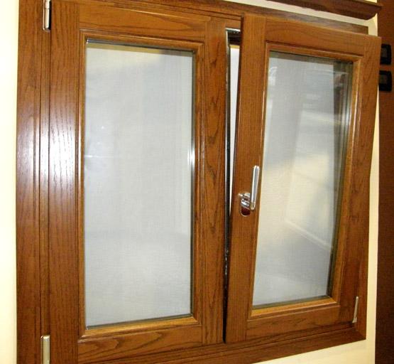 Finestre in legno falegnameria a p infissi a zola - Porte rovere chiaro ...