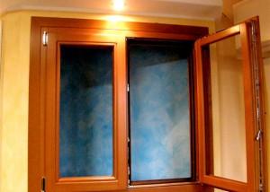 finestra tinta noce biondo
